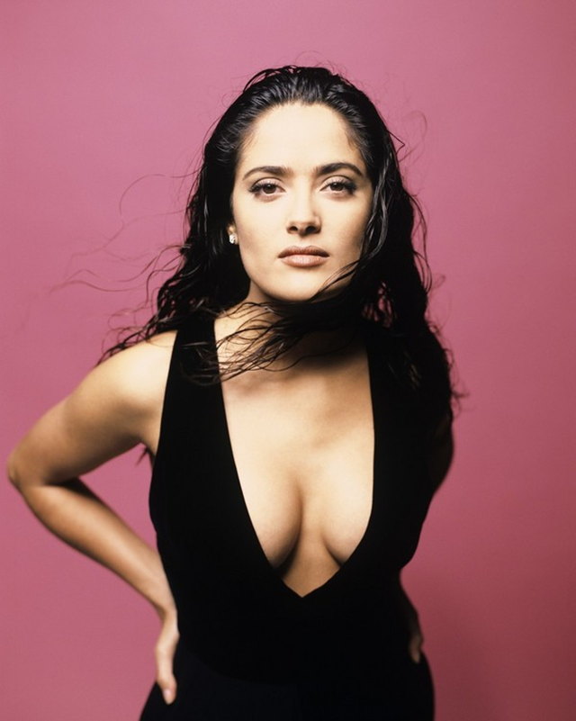 Salma Hayek breast bra size measurements